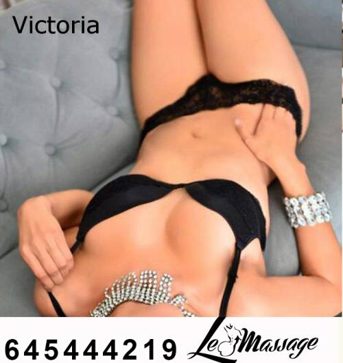 Déjate  Complacer por Victoria