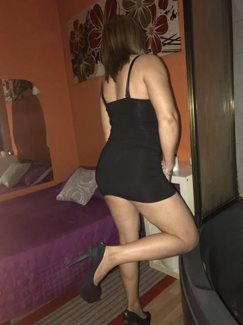 KARLA PURO FUEGO EN LA CAMA