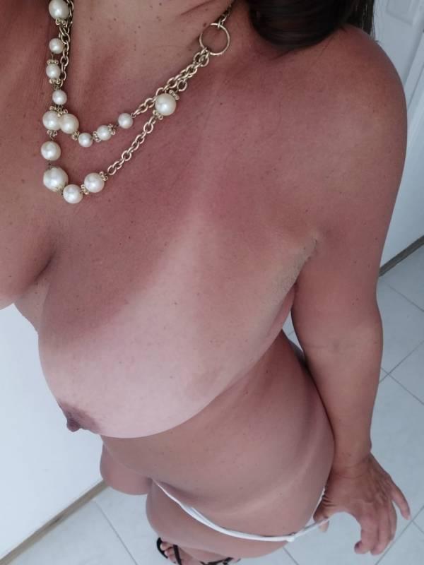 Lucia española sensual,femenina…selecta 642993265