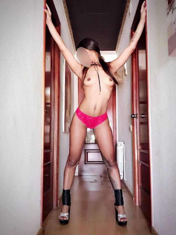 LUISA ES UNA ESCORT DE ALTO STANDING 24 HORAS. 674432115