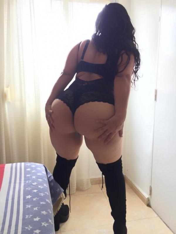 Sara colombiana extrovertida de tetas grandes 604392837