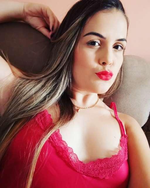 RUBIA BRASILEÑA COMPLETA CON GRIEGO 625754781