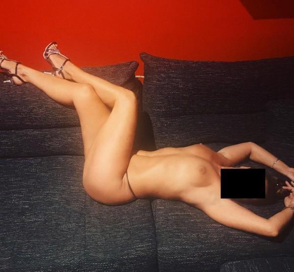 Adicta  al sexo guarra en la cama  642211706