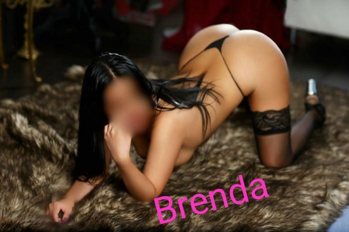 BRENDA FOTOS REALES