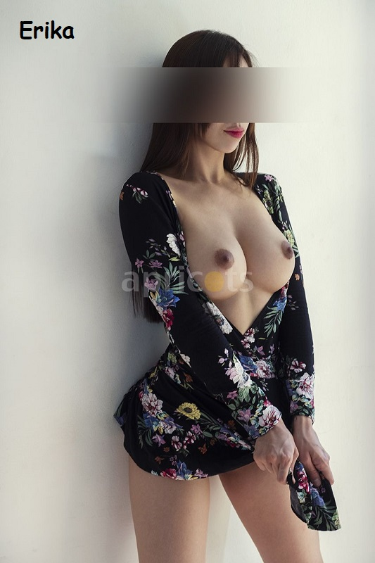Erika cuerpo de modelo