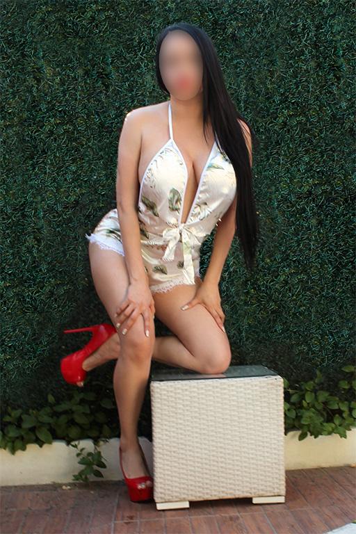 Andrea Preciosa belleza, un cuerpo voluptuoso con