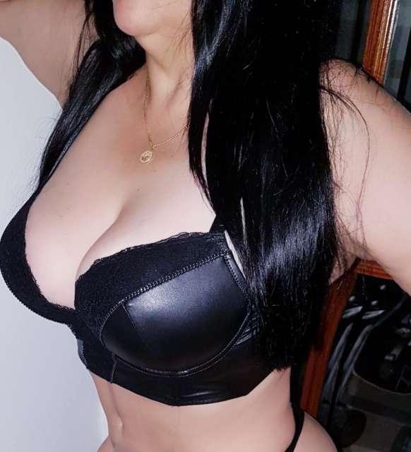 MADURITA SEXY VOLUPTUOSA EXUBERANTE
