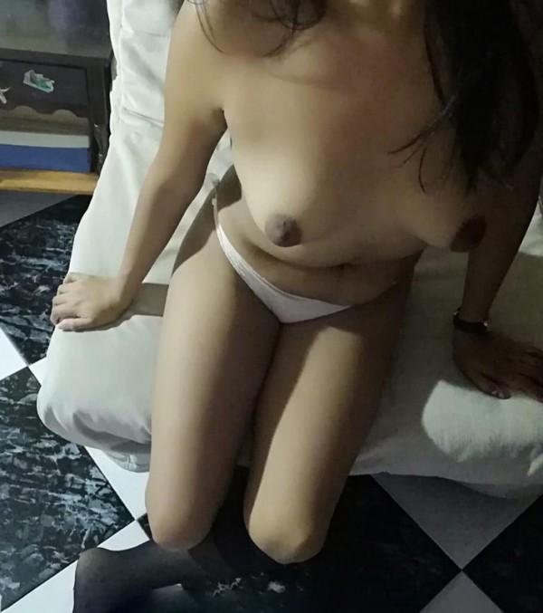 Latina busca sexo a cambio de dinero